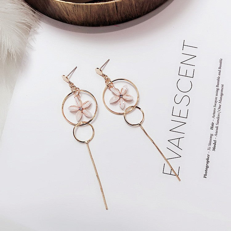 C-1289 Long Tassel Flower Earrings