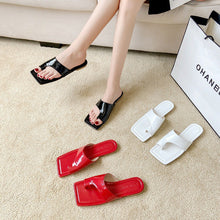 Load image into Gallery viewer, A-923 Square Head Sandal