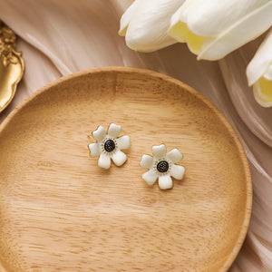 C-1498 White Blooming Earrings