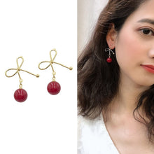 Load image into Gallery viewer, C-1215 Bow Pearl Simple Earrings