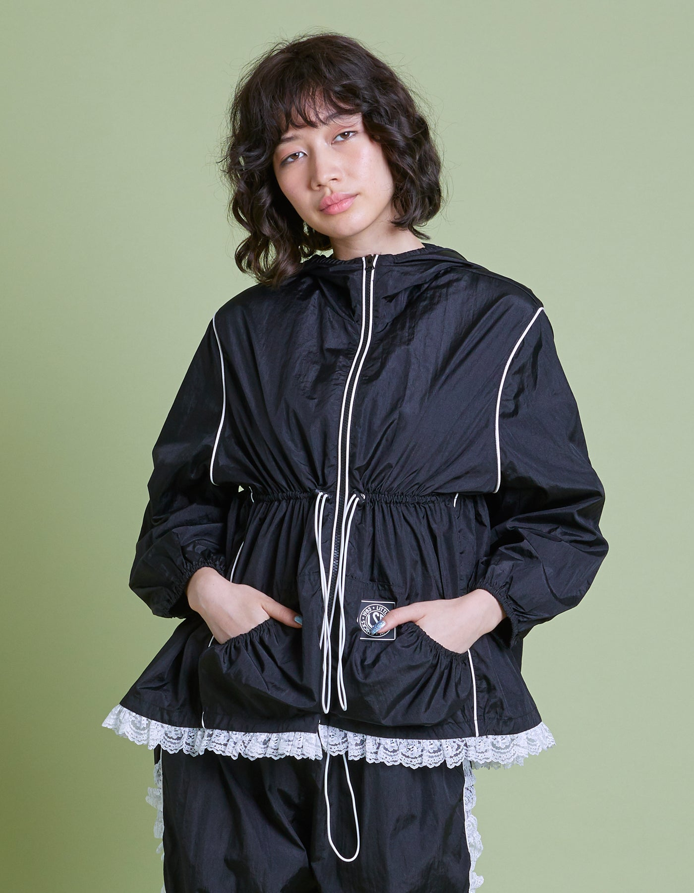 Nylon girly jacket / BLACK