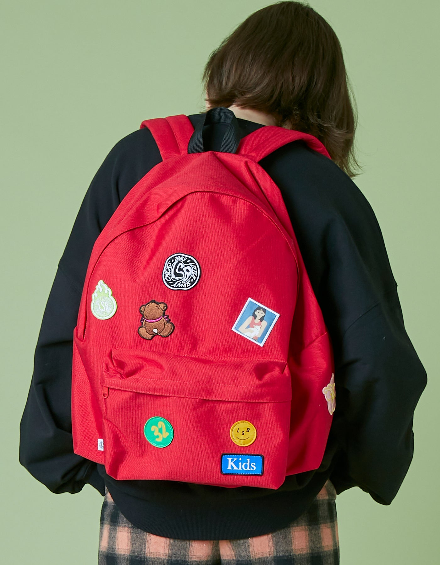 Patches all over backpack / RED