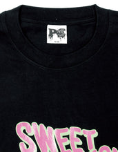 画像をギャラリービューアに読み込む, PUBLIC CULTURE X LITTLE SUNNY BITE : SWEET TEMPTATION LONG TEE / BLACK