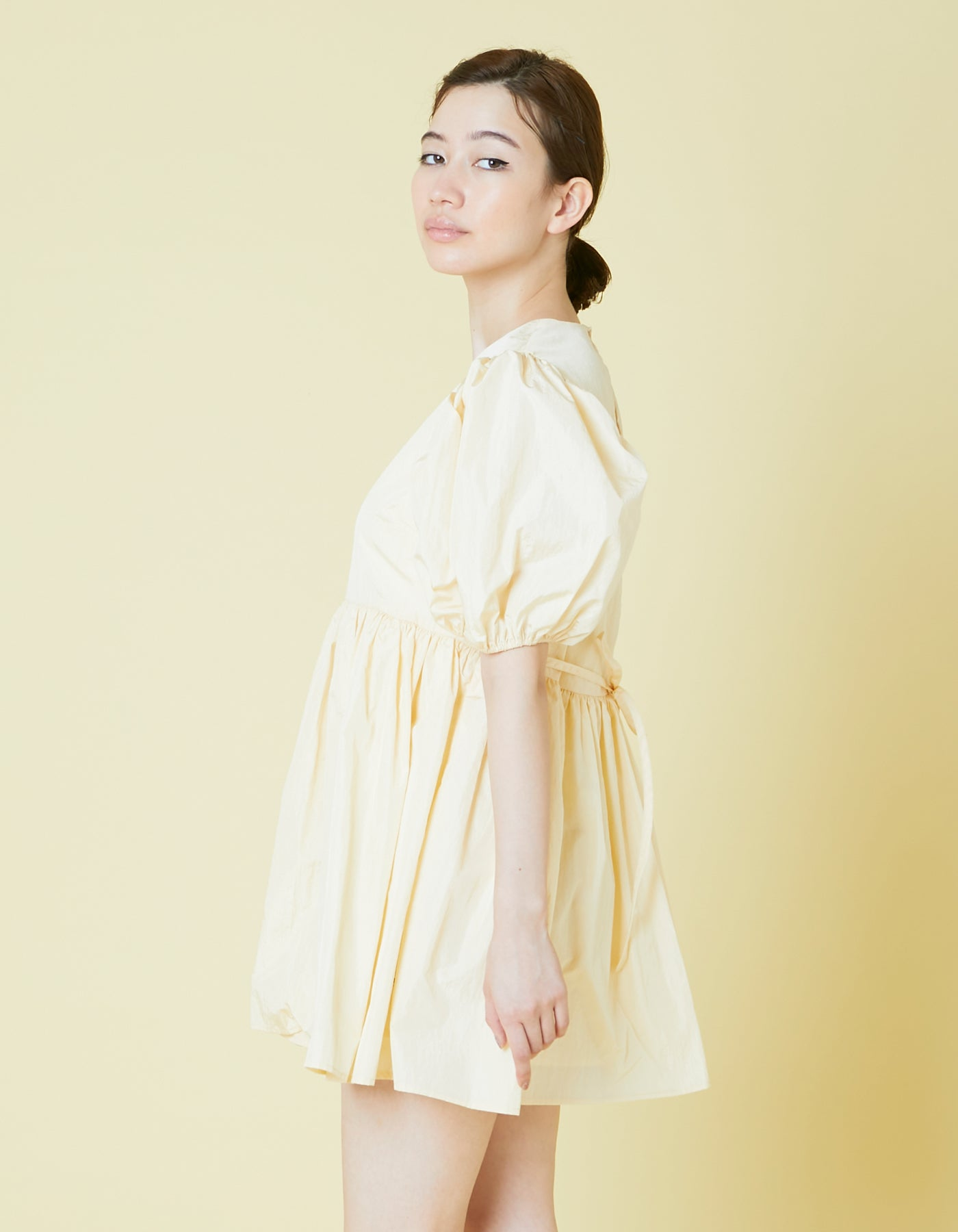 Nylon puff sleeve mini dress / YELLOW