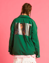 画像をギャラリービューアに読み込む, Romeo and juliet X LITTLE SUNNY BITE : Photo nylon jacket / GREEN