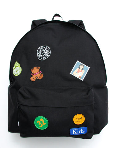 Patches all over backpack / BLACK