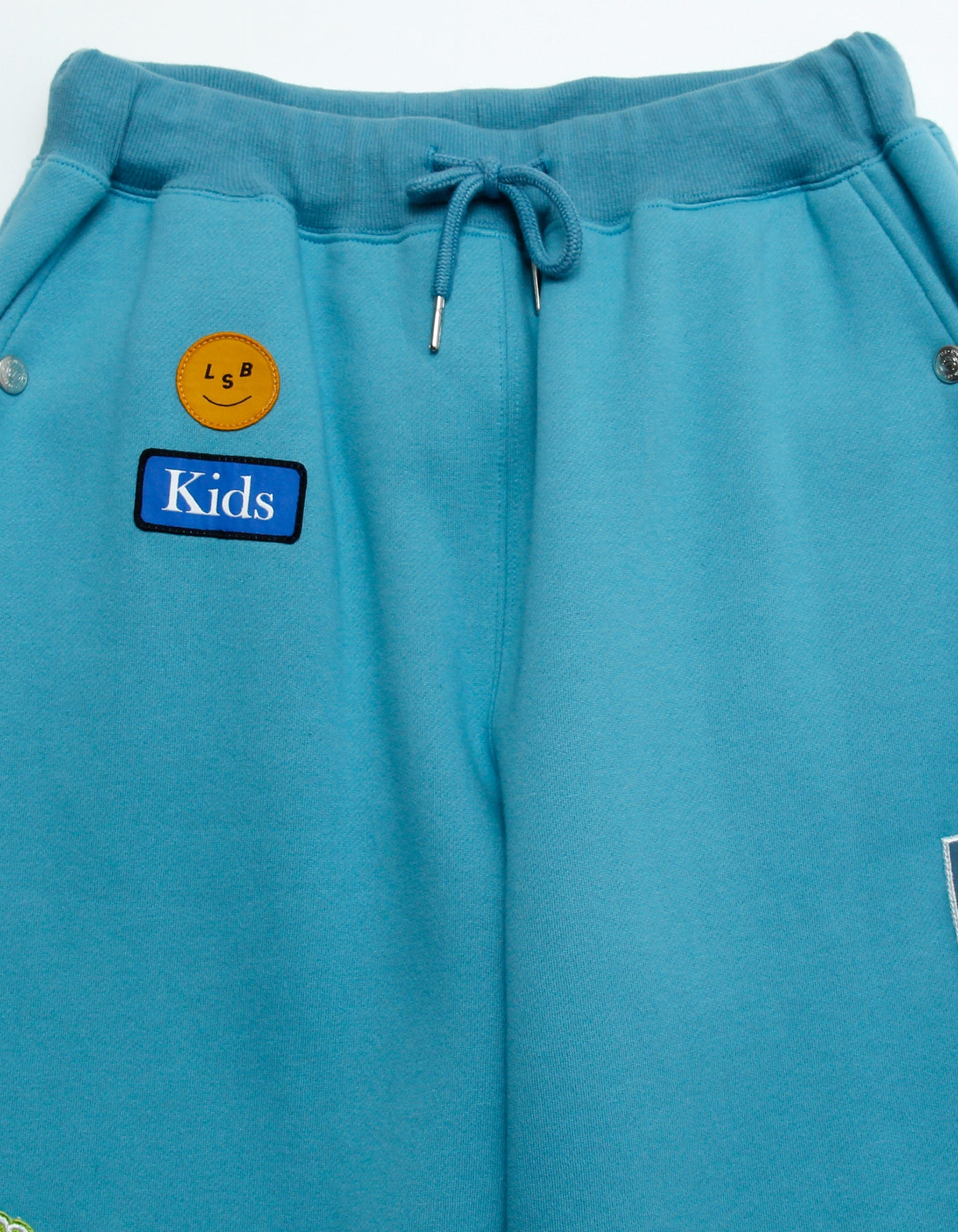 Patches all over sweat pants / BLUE