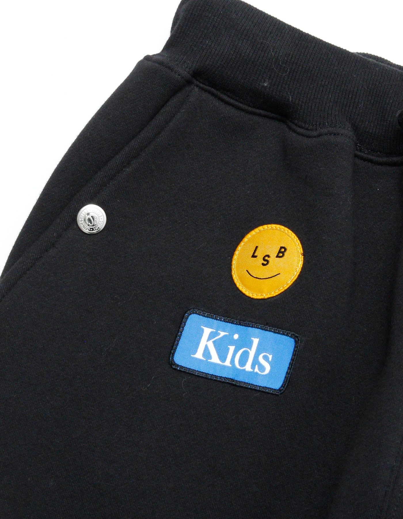 Patches all over sweat pants / BLACK