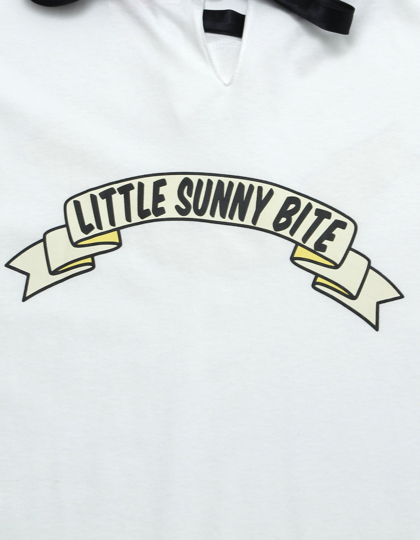 Pretty little things ribbon long tee / WHITE