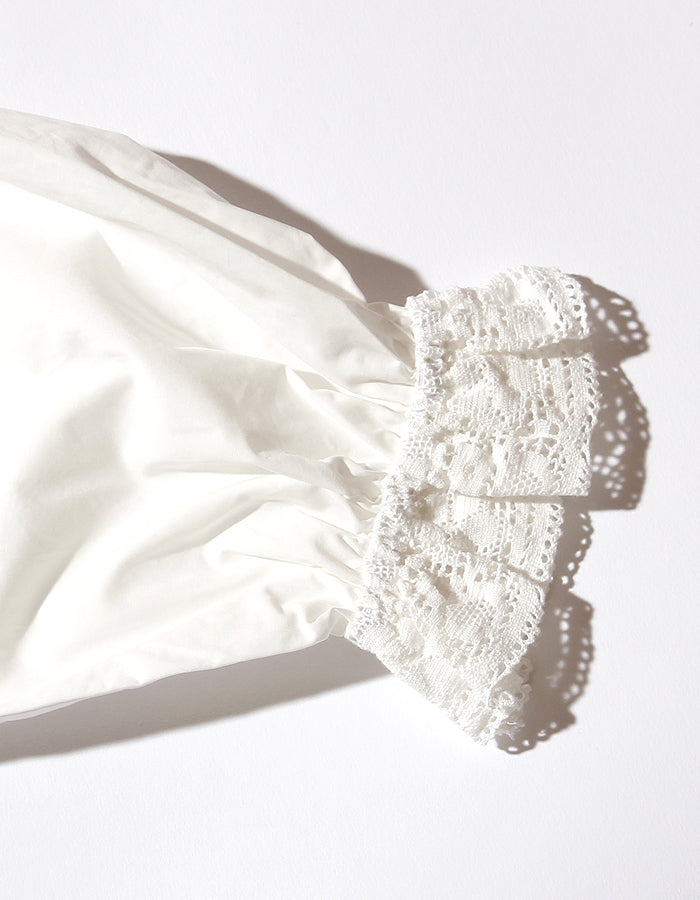 Lacy blouse / WHITE