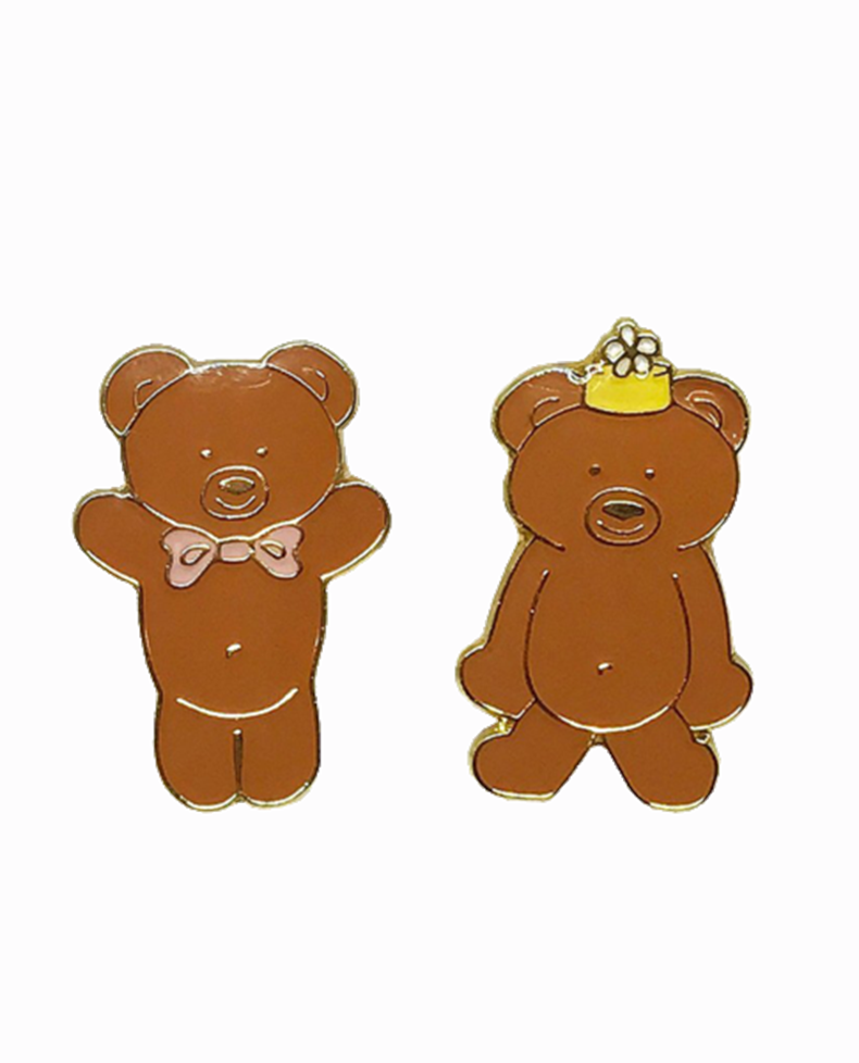 ROSEHOUND APPAREL : GRAHAM BEAR BEST PALS LAPEL PIN SET / BROWN