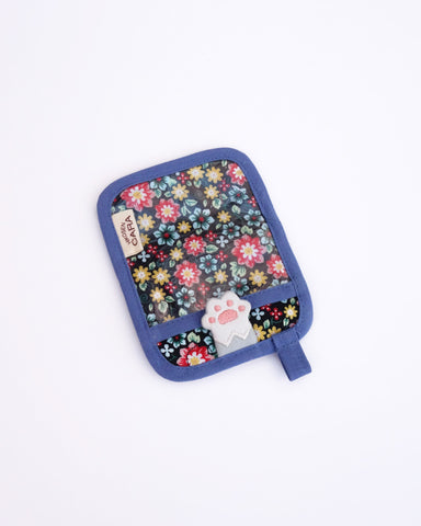 Paws Up Pass Case (Blue Blossoms)