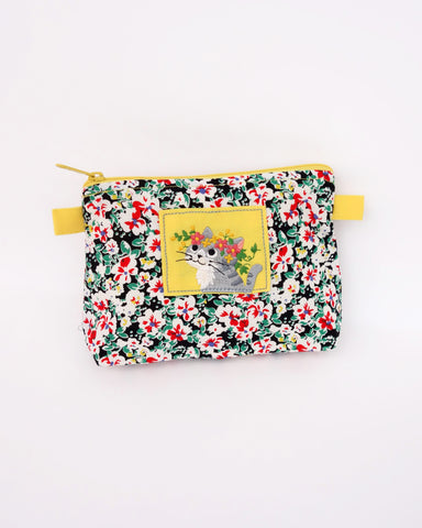 Blooming Zip Pouch (Golden Gardenias)