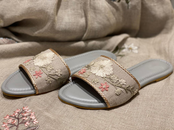 DAISY DAYS - SLIDER - NATURAL-Footwear-KAVERi