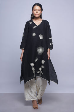 Piano Fly Free Tunic Black-Tunics-KAVERi