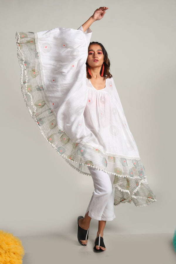 Echo Big Top Off-White-Tops-KAVERi