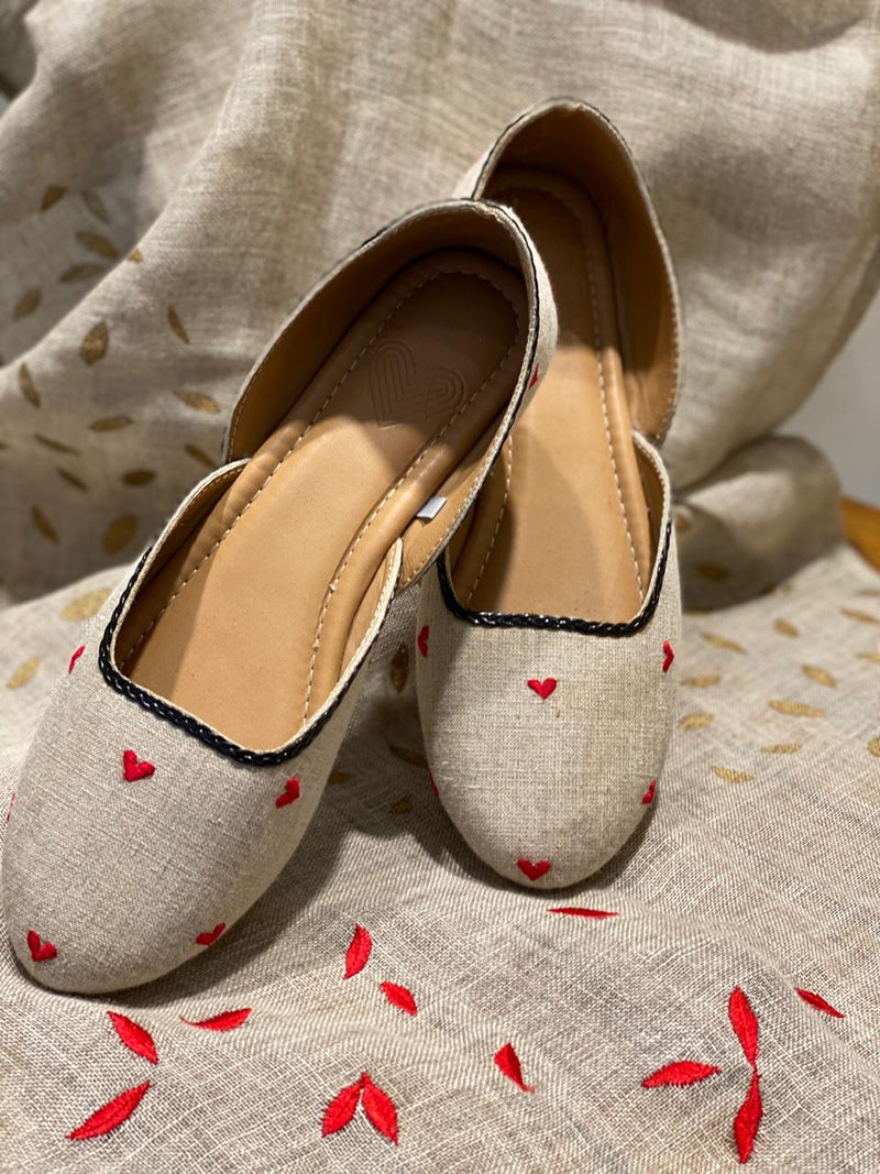 HEART TO HEART JOOTHIS - NATURAL-Footwear-KAVERi