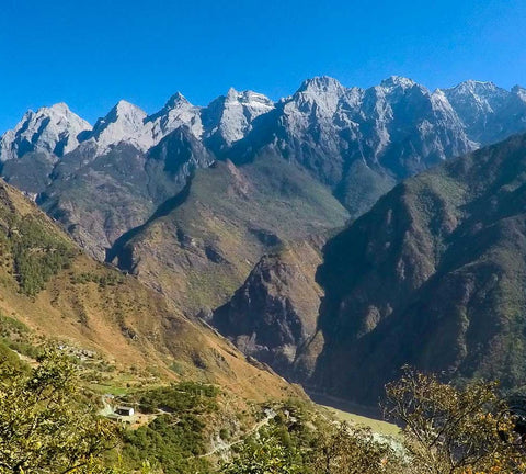 tiger leaping gorge overview