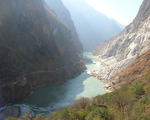 tiger leaping gorge rapids
