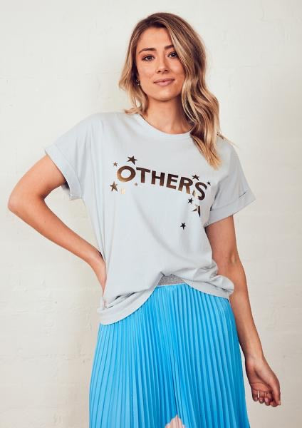 The Relaxed Tee - Dusty Blue with The Others in the Stars
