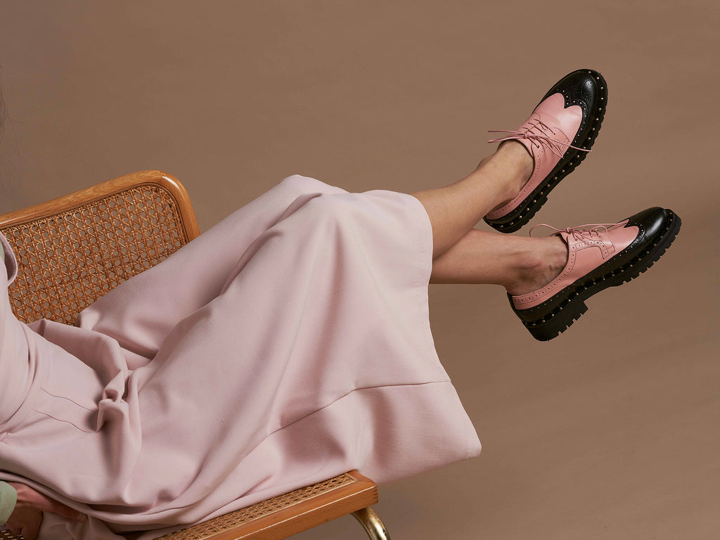 FLAVIA - Pink and Black Long Wing Derby Shoe