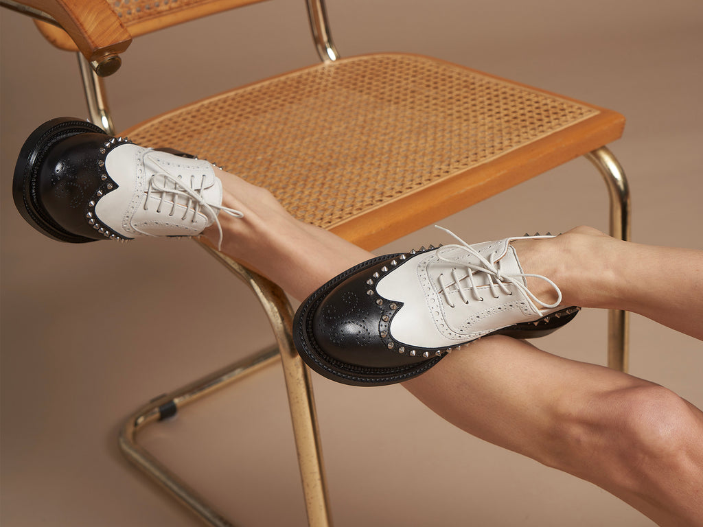 JAMEELA - Black and White Spectator Oxford Shoe
