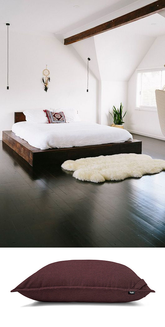 giant-floor-cushion-in-bedroom