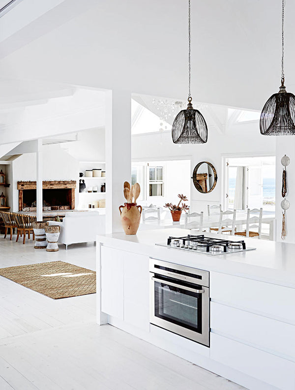 luxury-beach-house-kitchen