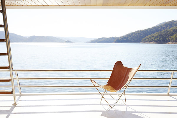 modern-outdoor-chair-on-deck