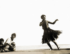 Hawaiian Hula • Tom Blake Collection