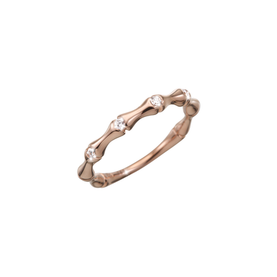 The bamboo is a symbol for resilience and strength. In this case it is made of 18k rose gold. The bamboo bars are connected with 4 sparkling diamonds.