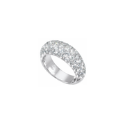 The Oliver Heemeyer Brooklyn diamond ring is a cool blend of timeless elegance and contemporary design. Made of 18k white gold and adorned with numerous sparkling diamonds, set in perfect pavét.