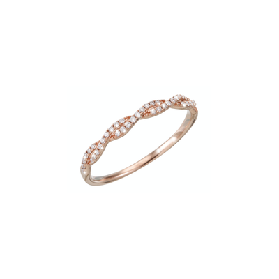 Handmade and braided to an adorable piece of jewellery. The Oliver Heemeyer Carol ring is made of 18k rose gold and set with subtle sparkling diamonds.