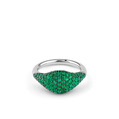 Oliver Heemeyer Cavalier Emerald ring in 18k wite gold.