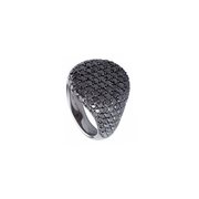 The Oliver Heemeyer Cavalier ring L is made of 18k white gold, black rhodinated, set in pavé and adorned with numerous sparkling black diamonds. A true statement piece of jewellery.
