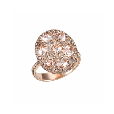 Oliver Heemeyer Coockie diamond ring in 18k rose gold.