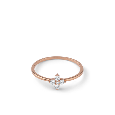Oliver Heemeyer Flower Diamond Ring made of 18k rose gold.