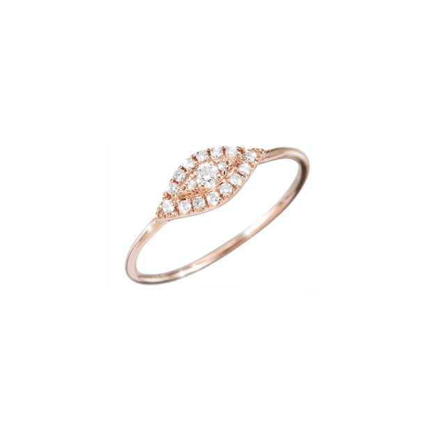 The Oliver Heemeyer Mia diamond ring is designed in the form of a glistening eye. 16 diamonds are set around one bigger diamond. Carefully handcrafted and made of 18k rose gold.
