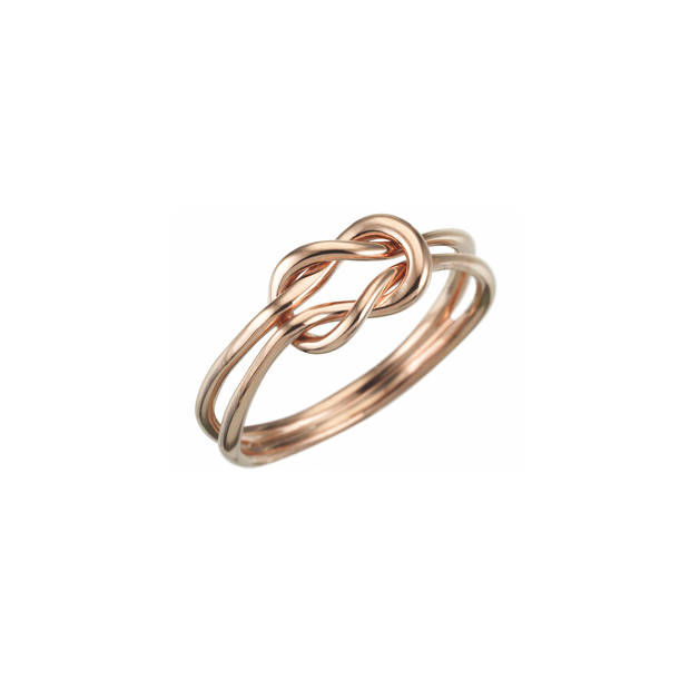 The Oliver Heemeyer Knot gold ring is a symbol of unity, strength and power. Made of 18k rose gold and handcrafted, this ring is a charming present for a friend or yourself.