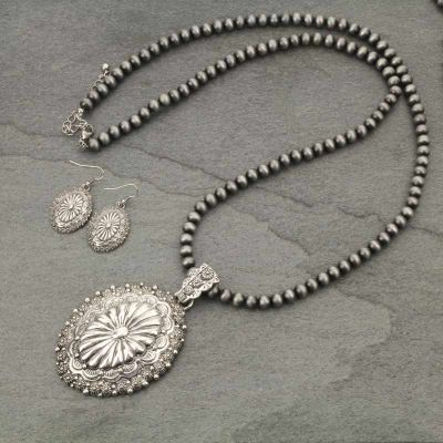 Chunky Concho Necklace Set