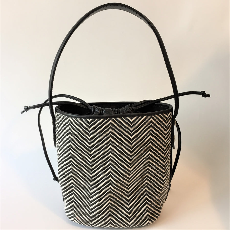 Black & White | Bucket Bag