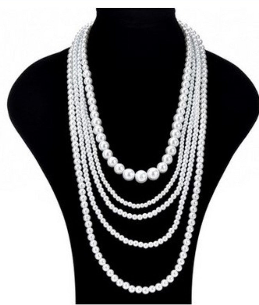 5 multilayer simulated pearl necklace