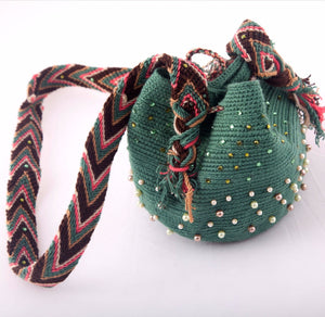 Small embellished green Wayuu bag - Kate Diaz