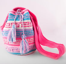 Load image into Gallery viewer, Big multi-colour embellished Wayuu bag - Kate Diaz