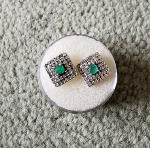 Emeralds and silver squared earrings - Kate Diaz