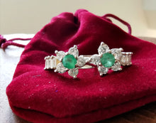 Load image into Gallery viewer, Emeralds and zirconia candonga flower earrings - Kate Diaz