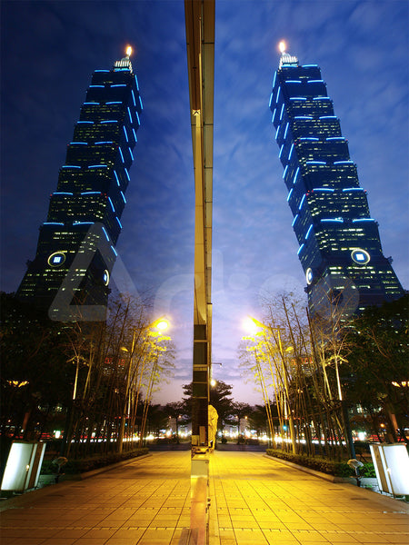 台北202  Reflection of Taipei 101