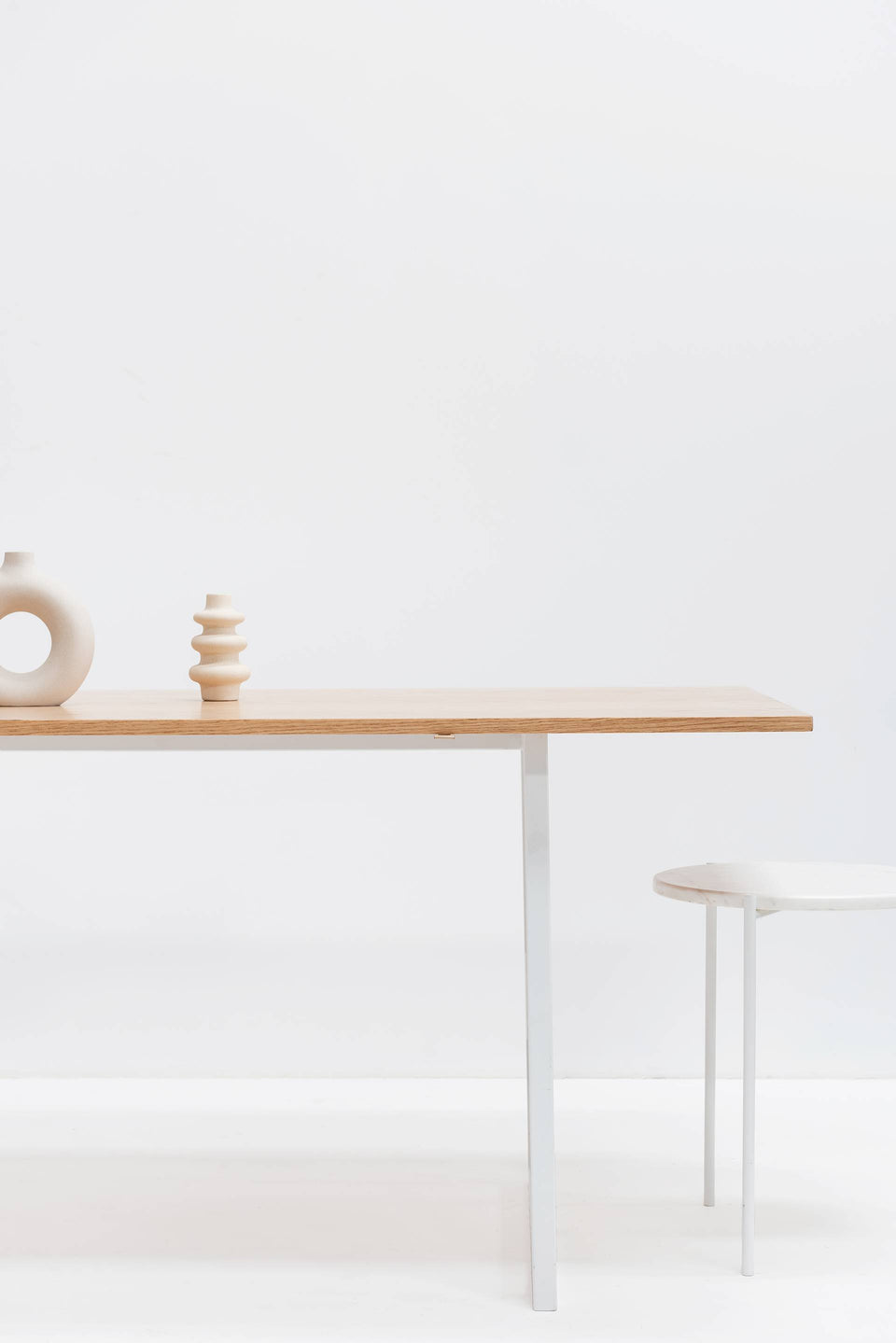 Small Desk, Wooden Top, White Legs Decoration