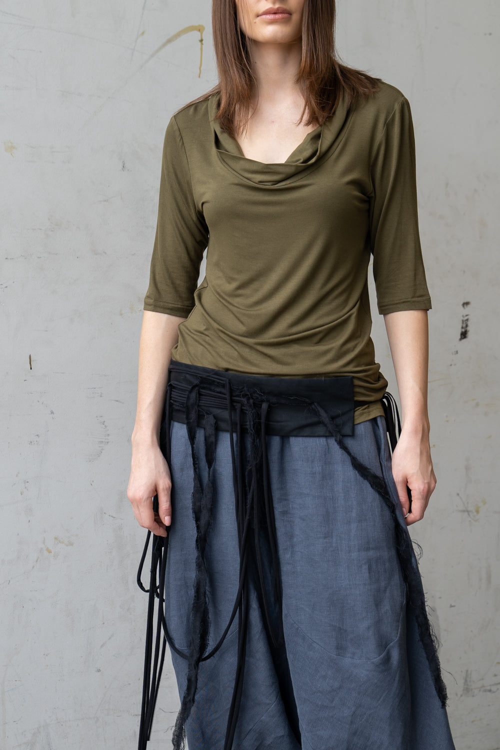 Misty Rain Collar Top Olive