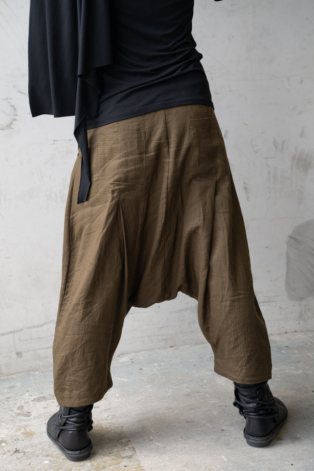 Divination Pants Olive